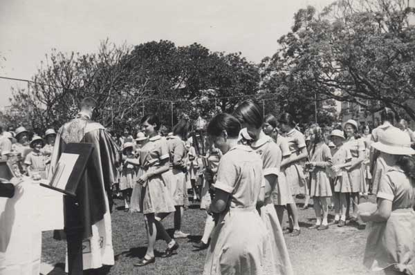 Kincoppal School of the Sacred Heart communion procession in the 1960s